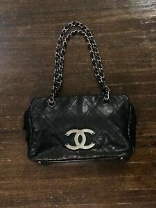 Black Diamond Sched Leather Handbag