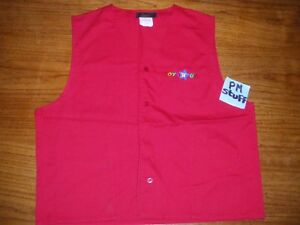 Toys-R-Us-2000-s-Bleu-red-employee-vest-From-the-early-2000-s-Red-100-Cotton