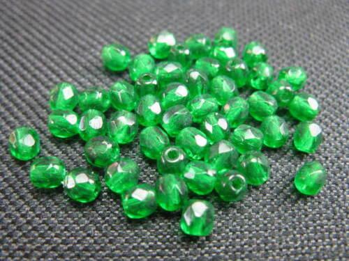 50 cristal esmerilado perlas aproximadamente 4mm verde perlas nuevo 7617