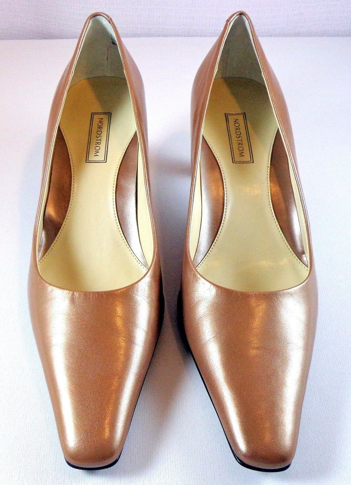 Nordstrom Leather Pumps Size 8.5 N Slip On shoes