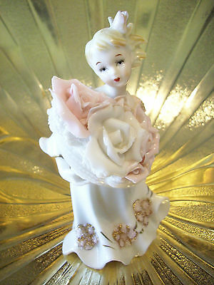 RARE VTG Lefton Southern Belle Princess Girl Holds Roses Flowers Figurine