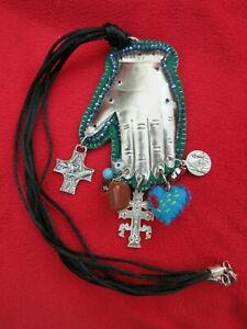 Mexican-Folk-Art-Magical-Milagro-Hand-Of-Power-Charm-Necklace