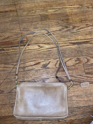 Vintage coach leather shoulder bag
