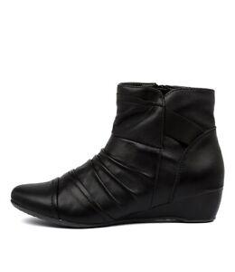 Hush Puppies black Davenport leather
