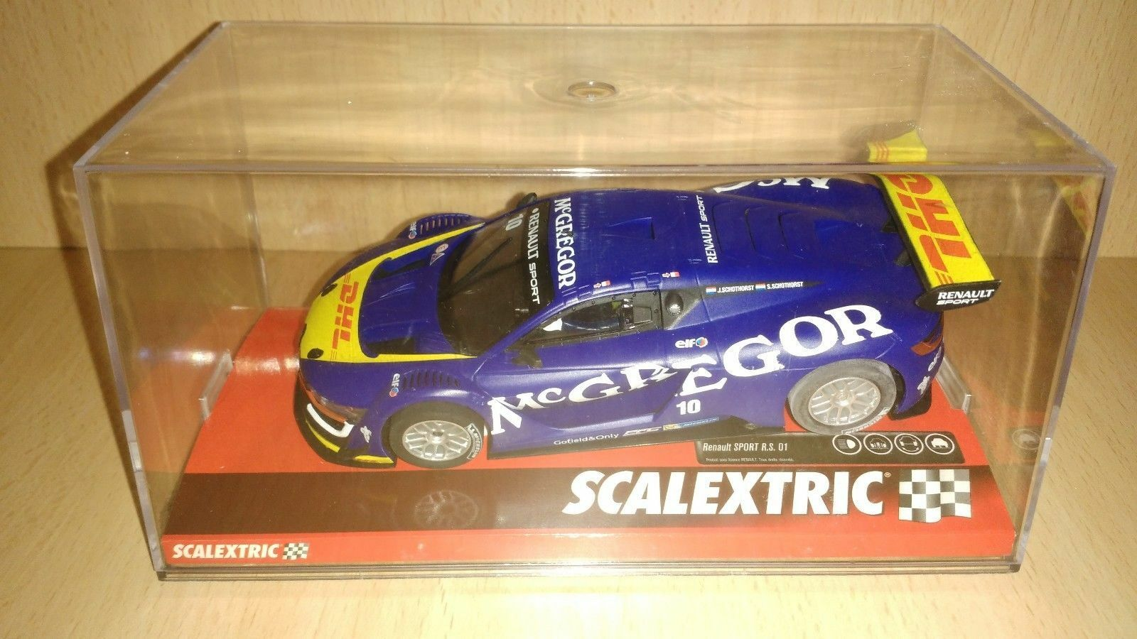 Scalextric Renault Sport RS . 01