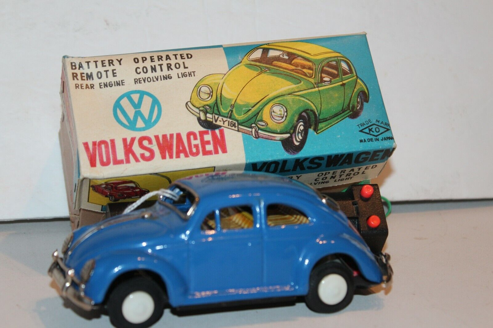 VINTAGE 1950's or 1960s KO BATTERY OPERATED VOLKSWAGEN W VISIBLE ENGINE in BOX