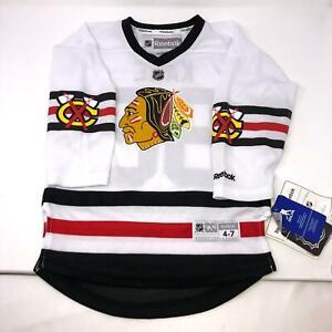 Reebok-NHL-Chicago-Blackhawks-Patrick-Kane-88-Size-Youth-Jersey-4-7