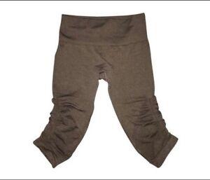 00f44c6dbe Lululemon In the Flow Women's Capri Leggings Size 2 Heather Black ...