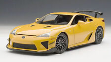 AUTOART SIGNATURE SERIES 1/18 2011 LEXUS LFA NÜRBURGRING PACKAGE ORANGE 78836