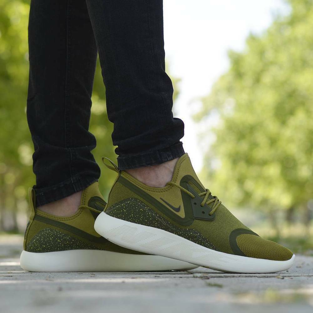 NIKE LUNARCHARGE ESSENTIAL Running Trainers Casual 'Camper Green'  Various Sizes