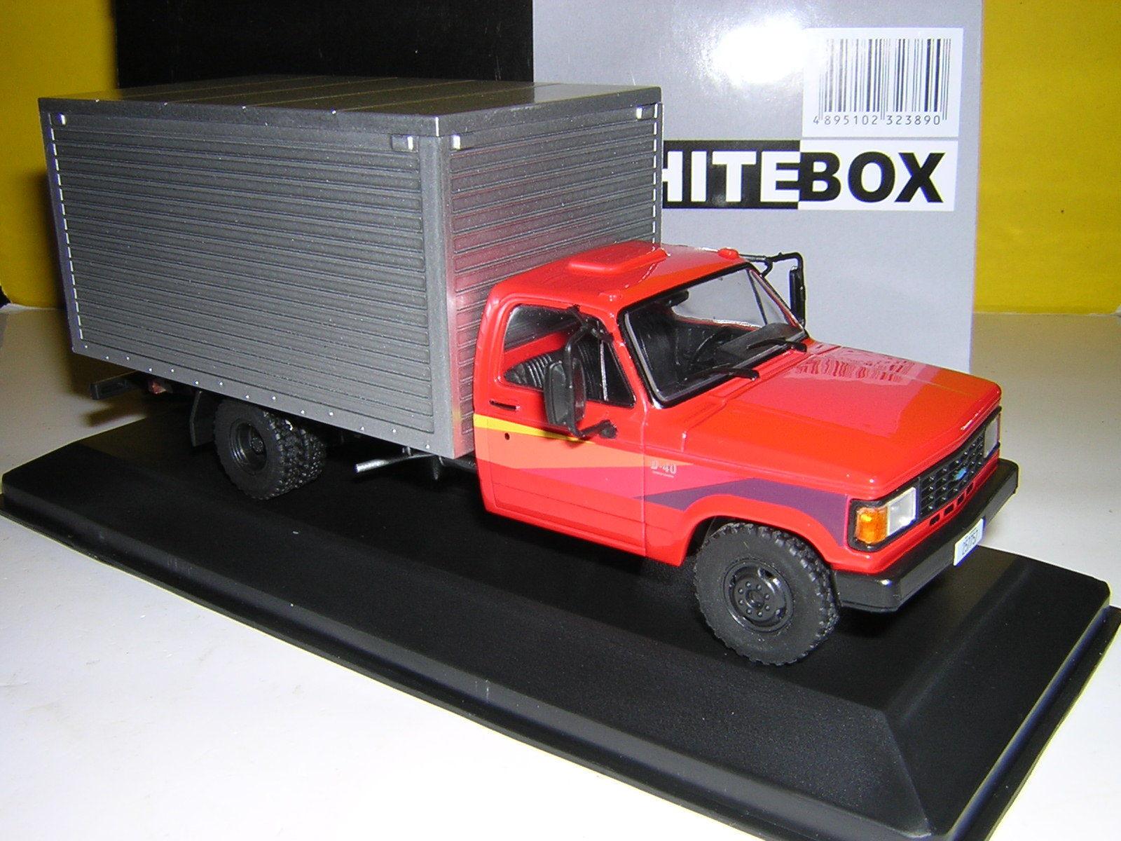 blancobox blancobox blancobox 1985 Chevrolet D-40 Caja van-Rojo Plata 6422e4