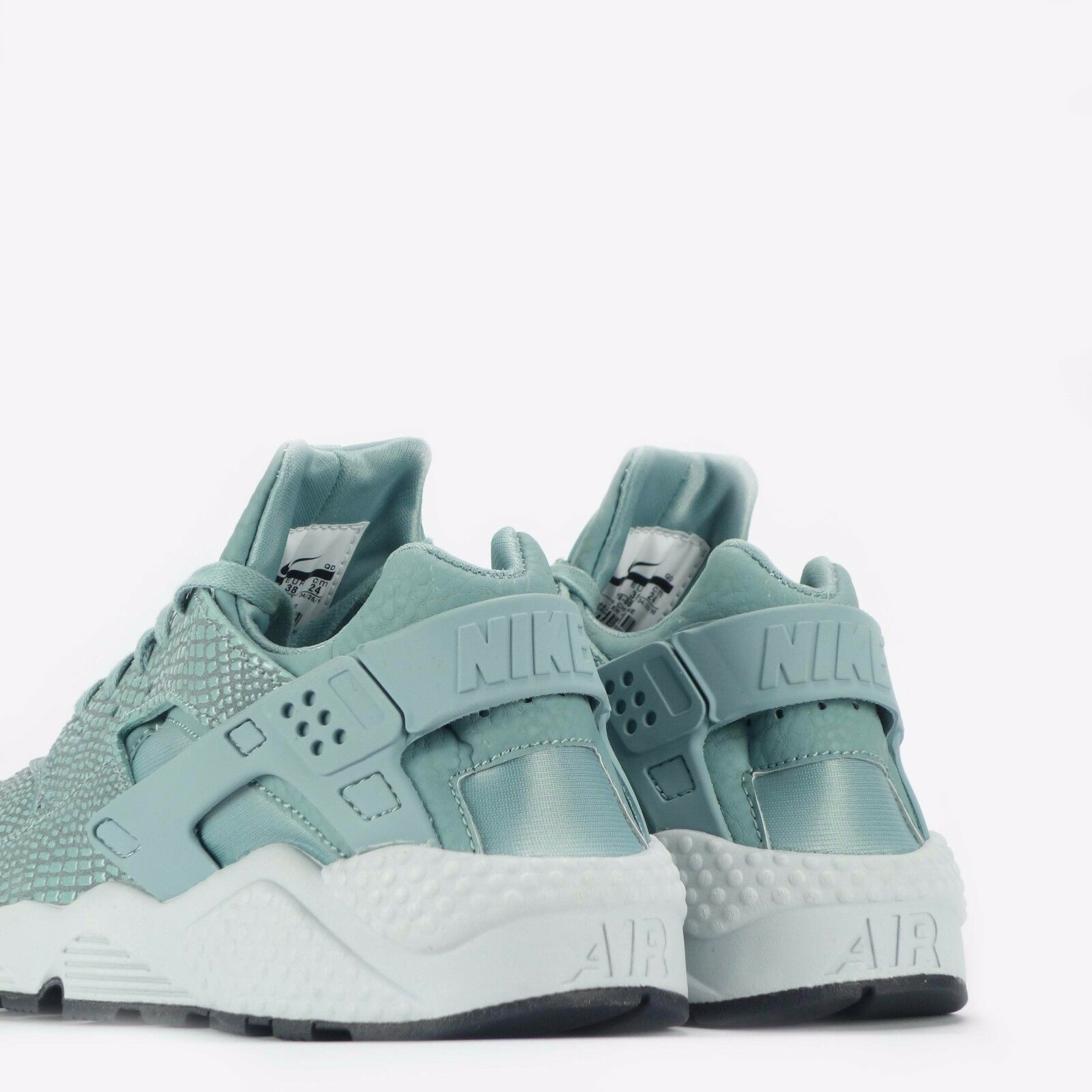 best sneakers b03eb f371b ... Nike Air Huarache Run Print Women s Shoes in in in Cannon Pure Platinum  5a8a0a