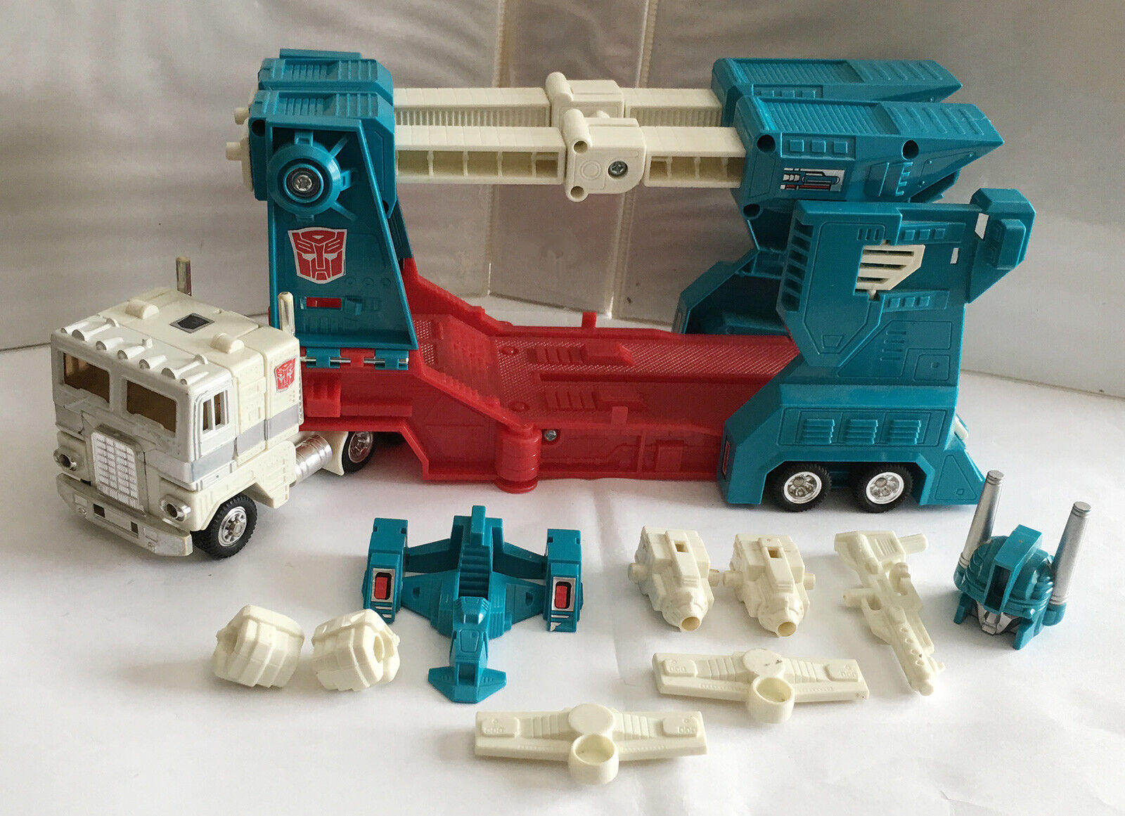 G1 1986 ULTRA MAGNUS  2 • GENERATION ONE TRANSFORMERS