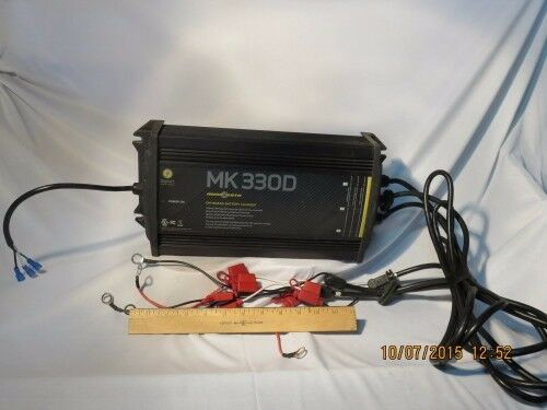 Minn Kota MK-220D 2 Bank 10 Amp On-Board Digital Marine 12V Boat Battery Charger