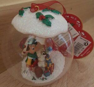 Boule-de-Noel-Christmas-ball-Pinocchio-amp-Gemini-Jiminy-Disneyland-Paris-2017