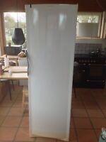 Andet køleskab, Vestfrost SZ356R, 356 liter, b: