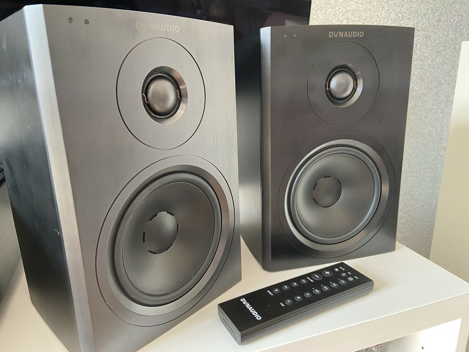 Dynaudio Xeo 10 Active Speakers With Dynaudio Desk Stands