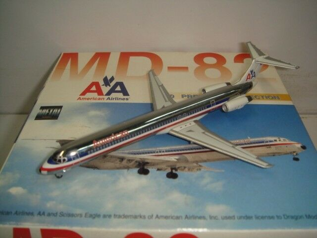Dragon Wings Wings Wings American Airlines AA MD-82  1990s colors - Chrome Fuselage  1 400 9890e0