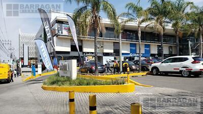 Local Comercial en Renta Plaza Asuán Querétaro