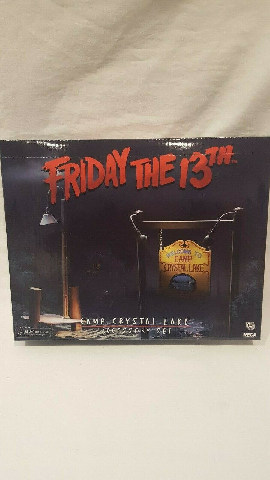 2018 NECA REEL TOY FRIDAY THE 13TH JASON VORHEES CAMP CRYSTAL LAKE ACCESSORY SET