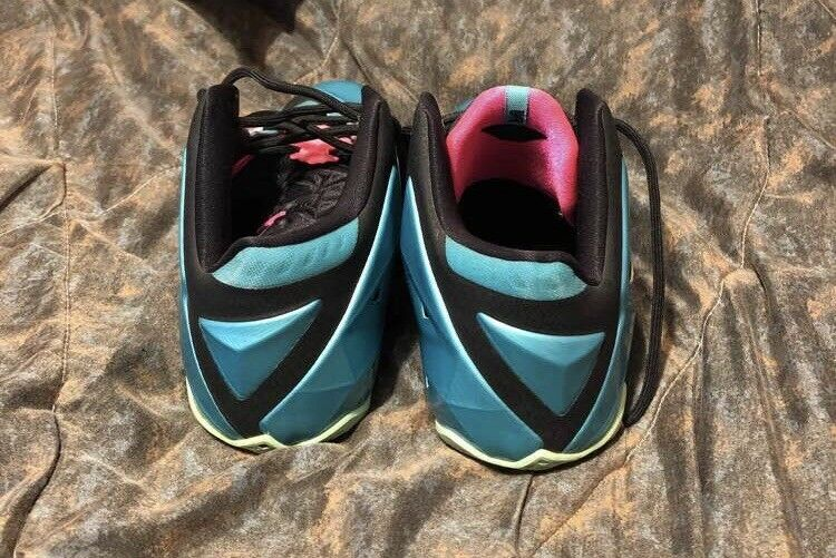 Nike Nike Nike Lebron 11 South Beach Size 11.5 100% Authentic Good Condition f6a549