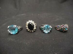 LOT-OF-4-VINTAGE-TO-MODERN-WOMEN-039-S-UNTESTED-FASHION-RINGS-SILVER-TONE-SIZE-6-7-9