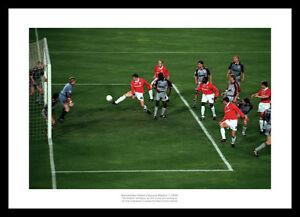 Manchester-United-1999-Champions-League-Final-Solksjaer-Winning-Goal-Photo-9SP