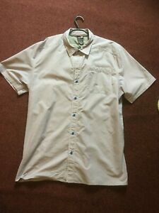 THE-NORTH-FACE-MENS-SHORT-SLEEVE-SHIRT-SIZE-48-034-Chest