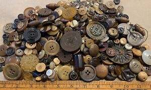 Vintage-Brown-Button-Lot-Bakelite-Glass-MOP-Plastic-Lot-BT4
