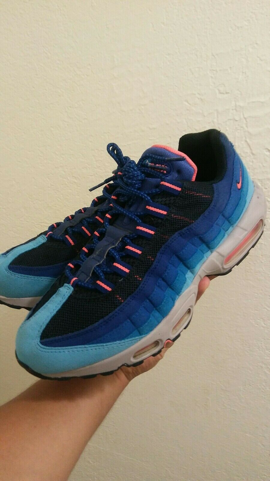 Nike Air Max 95 Multi color Size 9