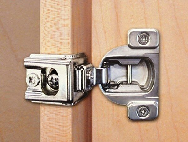 (100) CONCEALED HINGES,BLUM,COMPACT 39C 110 DEG, SCREW ON, B039C355C