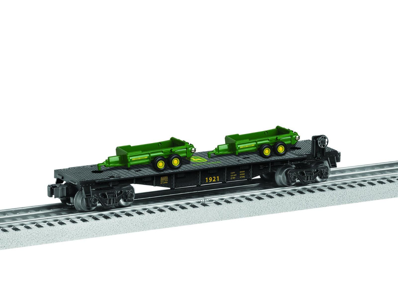 LIONEL JOHN DEERE FLATCAR TRACTOR SPREADER LOAD O GAUGE train car farm 6-85321