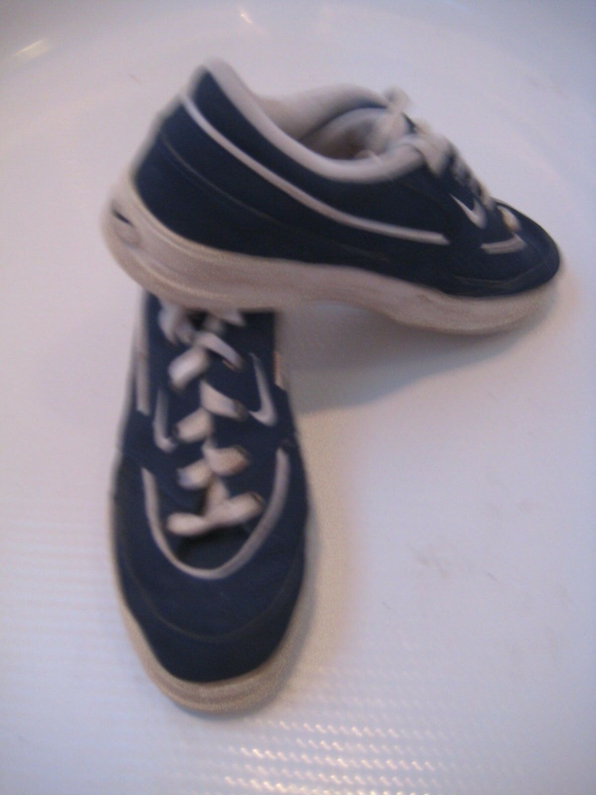 Vintage Nike Casual Walking Athletic Navy Shoes Women's 7 38 Retro Sneakers EUC Special limited time