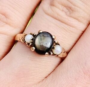 Vintage-Victorian-14k-Yellow-Gold-Black-Star-Sapphire-And-Pearl-Seed-Ring