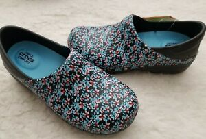 9be03c6a6080 NWT CROCS Neria Pro II Graphic Women s Work Clogs Black Ice Blue ...