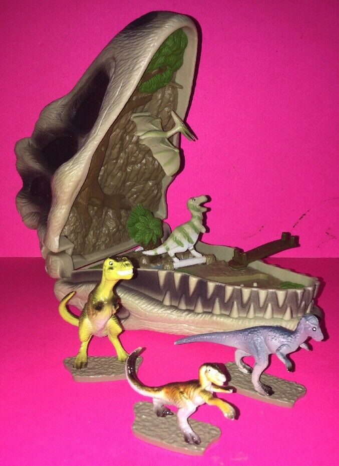 Lost World Jurassic Park Velociraptor Skull Electronic Mini World (1997 MGA)