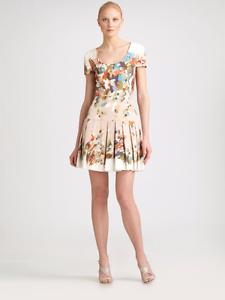 ICONIC MAGNIFICENT GORGEOUS Oscar De La Renta S'10 white w floral print dress