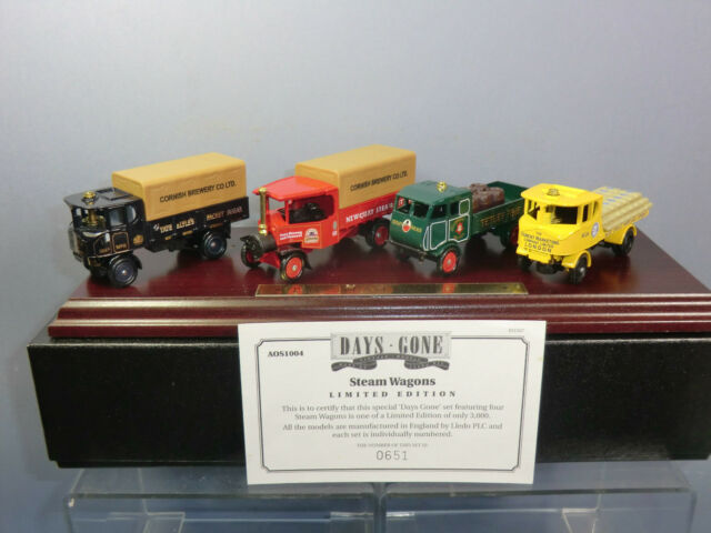 LLEDO VANGUARDS GIFT SET  No.AOS 1004  ' THE STEAM COLLECTION'  WITH PLINTH  MIB