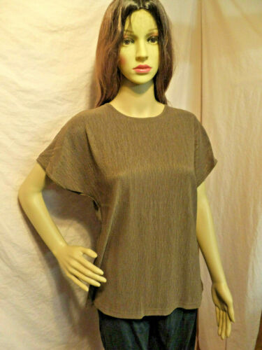 Willow Ridge Women's Short Sleeve Size Medium Colo