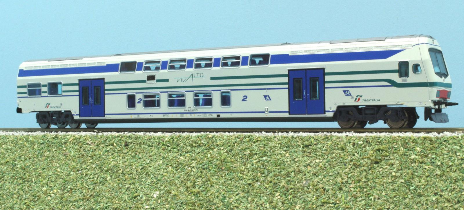 VI TRAINS 3115L Pilot 2a cl livery white bands green bluee,lit
