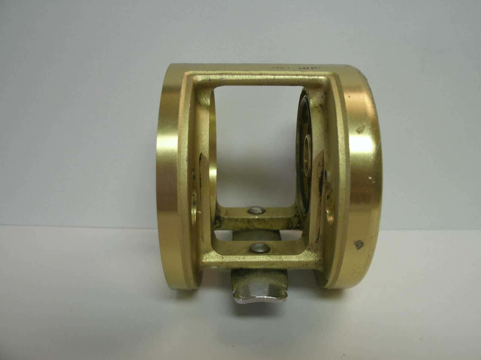 USED SHIMANO REEL PART Calcutta 200B Baitcasting Reel - Frame
