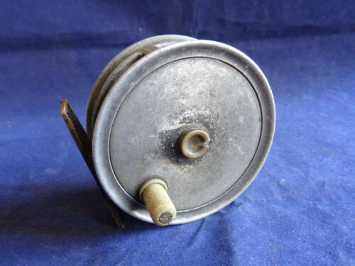 "A RARE NAMED VINTAGE J W YOUNG 3"" PATTERN 1 TROUT FLY REEL"