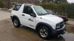 ***Rare Find....2003 Chevy ZR2 5 Speed 4x4 Tracker....Low K's***