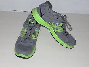 Nice!Nike men's Relentless 2 runningtrail (511914-012)sneakers siz 9.5 U.S 0