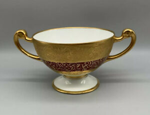 Hutschenreuther-Selb-LHS-Bavaria-Germany-Cream-Soup-Bowl-With-Red-Embossed-Gold