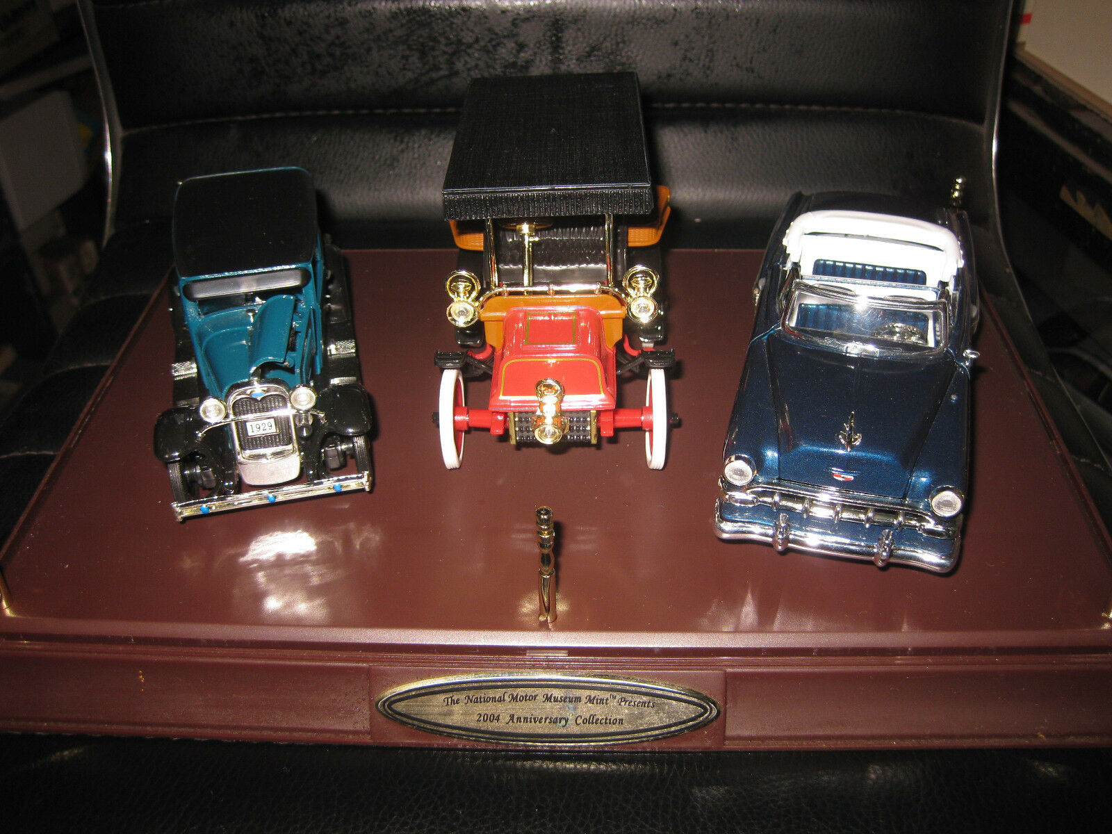 1.32 ANNIVERSARY SET OF 3 1904 CADILLAC 1929 FORD MODEL A 1954 CHEVROLET BEL AIR