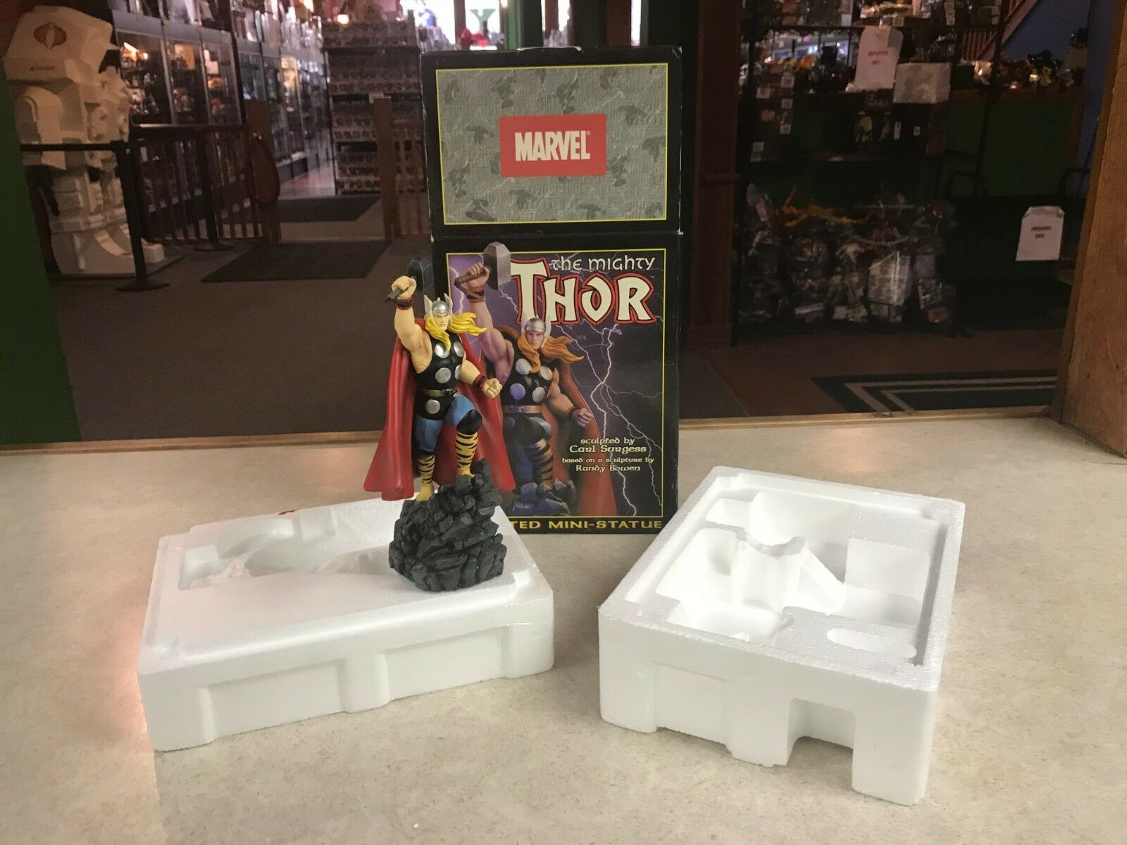 2001 Bowen Mighty Thor 9  Mini Statue Sculpted by Sergess 357 of 5500 NIB