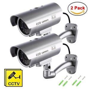 2-Cameras-de-Securite-Surveillance-Factices-sans-Fil-Impermeable-LED-Clignotante