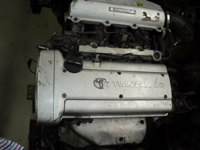 toyota corolla rsi 1600 20v silver top engine  4A FOR SALE