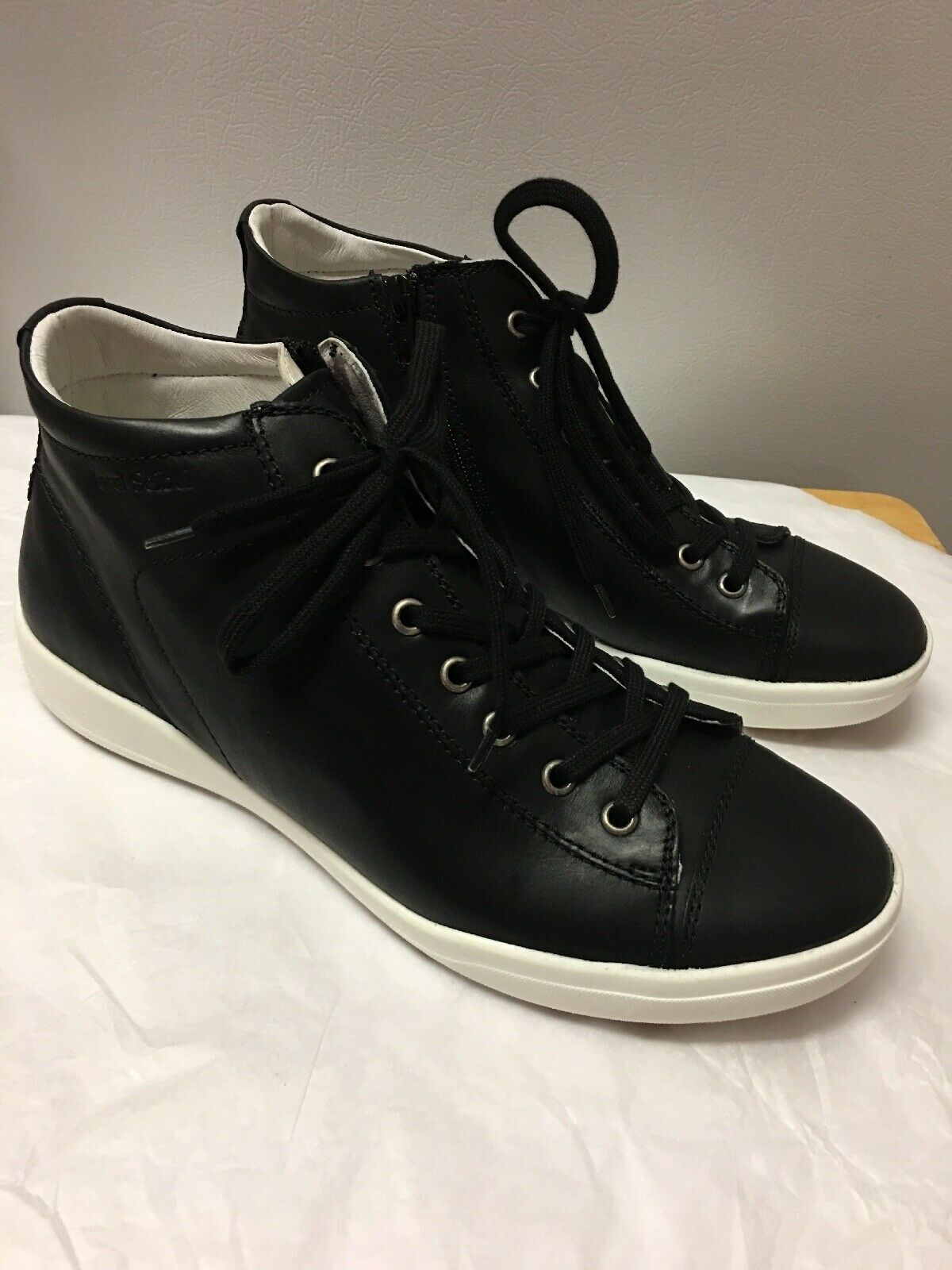 Josef Seibel Campa Calf Black mid-top sneakers Size 40